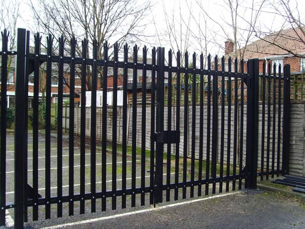 industrial fencing hampshire