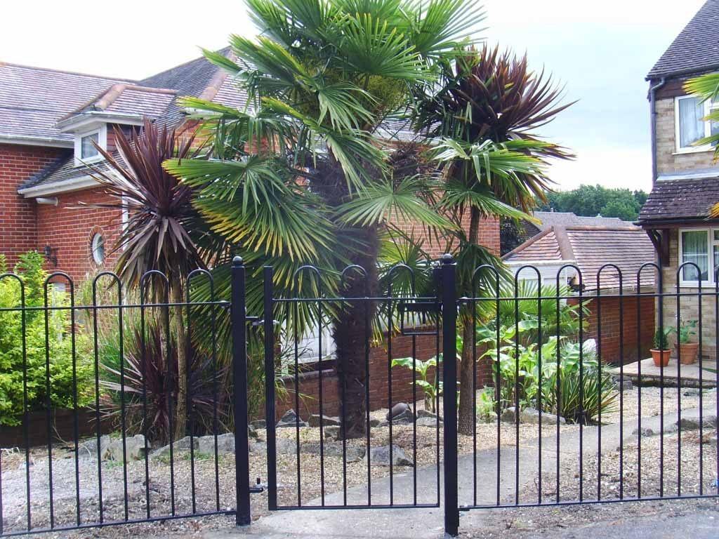 fencing eastleigh